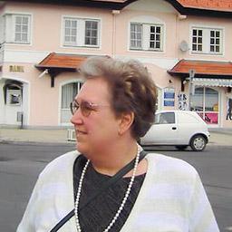 Mag. Karin Bhatia